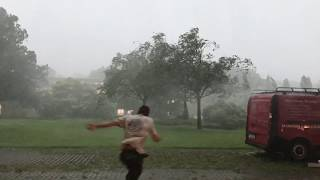 Download Heavy Downburst (Gewitter Fallböe) in Frankfurt 15.08.2017 Video