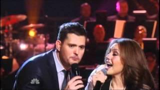 Download Michael Buble ft Thalia - Feliz Navidad (Christmas Special) Video