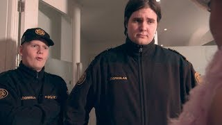 Download 12:00 - 1. þáttur (2017-2018) Video