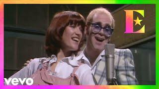 Download Elton John - Don't Go Breaking My Heart (with Kiki Dee) Video