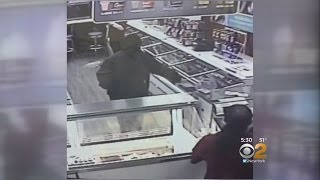 Download Suspect In Long Island Fast Food Armed Robberies Strikes Again Video