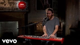 Download Chet Faker - Talk Is Cheap – Vevo dscvr (Live) Video