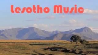 Download Famole - Khomo ea koti Video