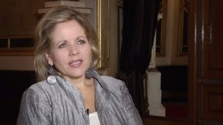 Download Wiener Staatsoper: Portrait Renée Fleming Video