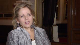 Download Wiener Staatsoper: Portrait Renée Fleming Video