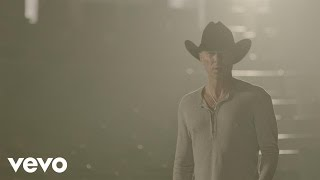 Download Kenny Chesney - Rich and Miserable Video
