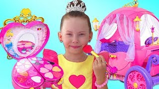 Download Alice dress up and Ride-on for the Ball on the Princess Carriage Video