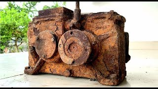 Download Restoration a very old 15 gear reducer | Reuse antique gearboxes | Restored rusted transmission box Video