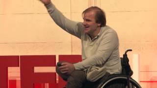 Download ¿Por qué no a mi? Martín Arregui at TEDxUTN Video