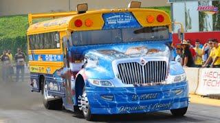 Download School Bus Vs. Semi Truck Drag Racing Running 11sec. Video