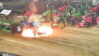 Download Tractorpulling - Best of Crash USA Video
