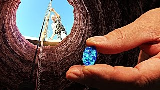 Download How to MINE OPAL gems in the OUTBACK - Smarter Every Day 164 Video