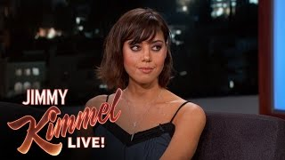 Download Aubrey Plaza Tried to Play with Robert DeNiro's Nipples Video
