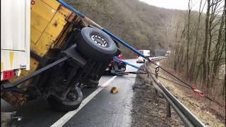 Download Unfall auf der Bundesstraße 252 - Strecke kurzfristig gesperrt Video