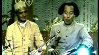 Download Habib Painter 1 - Qawwali ″Bahoot Kathin Hai Dagar Panaghat Ki .....″ Video