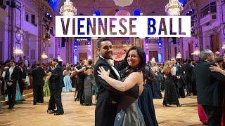 Download Attending a Viennese Ball Video