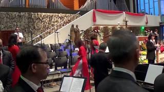 Download Bé Hiền Dạo Đàn - Xin Chúa Ngôi Ba Video