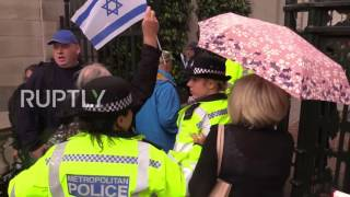 Download UK: Protesters burn Israeli flags as clashes break out in London Video