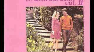 Download Roberto Livi-Un Muchacho Pobre Video