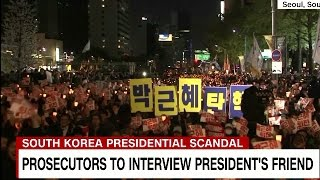 Download Growing South Korean protests demand President Park's resignation (박 대통령의 사임 요구에 따른 한국의 시위 진전) Video