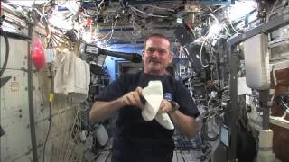 Download Station Commander Shares Science with Students Video