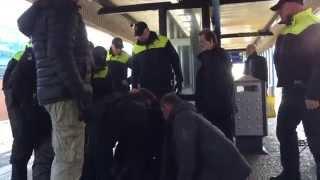 Download GPTV: Conducteurs en omstanders houden agressieve zwartrijder aan Video