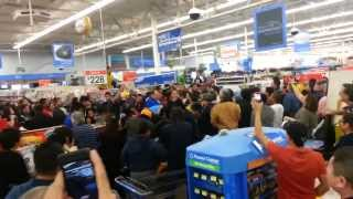 Download Walmart Black Friday fight 2014 Video