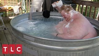Download Due to His Obesity, Casey Must Bathe Outside in a Trough | Family By the Ton Video