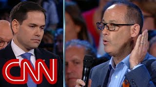 Download Father challenges Marco Rubio on guns Video