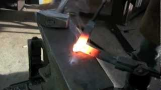 Download Blacksmithing - Forge-welded square-corner on flat bar. Video