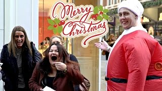 Download CHRISTMAS GIFT GIVING IN LONDON!! Video