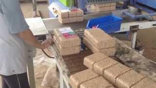 Download Briquetas de madera con RUF 400 Video