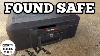 Download Opening A $180 Real Life Storage Wars Unit Auction With Mystery Boxes & Safe 10.30.18 Part 1 Video