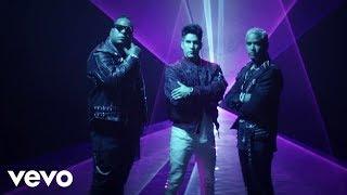 Download Chyno Miranda, Zion & Lennox - Hasta El Ombligo (Video Oficial) Video