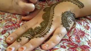 Download The Most Popular Henna Design of Summer 2014 TUTORIAL! Video
