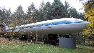 Download Man Turns Old Airplane Into His Dream Home And The Shower Is Amazing Video