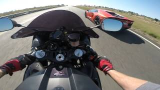 Download Lamborghini Aventador -vs- 2012 Yamaha YZF-R1 Video