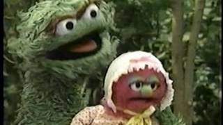 Sesame Street (#3896): Stinky Gets a Butterfly on His Leaf