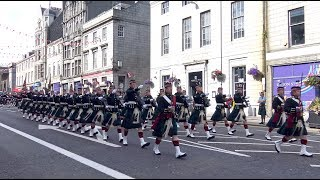 Download The Highlanders Royal Regiment of Scotland homecoming parade through Aberdeen Sept 2017 - 4K Video