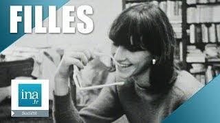 Download 1965 : Que pensent les filles des garçons ?   Archive INA Video