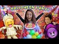 Download SCARIEST KIDS HALLOWEEN PARTY EVER w/ Costume Contest! FUNnel Vision Gets Spooky (2016 Holiday Vlog) Video