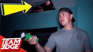 Download Midnight Hide and Seek in a Spooky Warehouse! | Hiding in the Ceiling!! Video