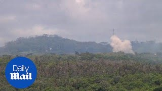 Download Kilauea volcano causes 20 fissures to open in Hawaii - Daily Mail Video
