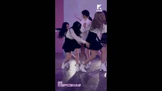 Download [1theK Dance Cover Contest] GFRIEND(여자친구) EunHa(은하 직캠ver) Video