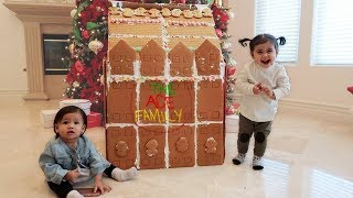 Download THE WORLDS BIGGEST GINGERBREAD HOUSE!!! Video