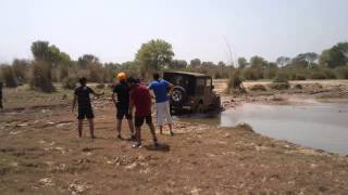 Download THAR towed by ENDEAVOUR Video