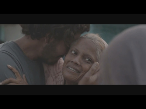 Best touching scene - Saroo met his mother - Lion 2016