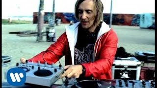 Download David Guetta Feat. Kelly Rowland - When Love Takes Over Video