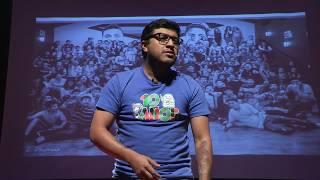 Download Trasformando una generación a través de la educación y la empatía | Juan Pablo Romero | TEDxUFM Video