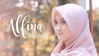 Download Law Kana Bainanal Habib (by) Alfina Nindiyani Video